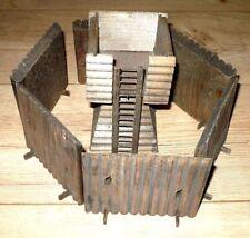 DDR Spielzeug  Cowboy Indianer Western Fort Turm und Palisaden Leiter Holz