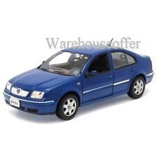 WELLY 1:24 DISPLAY 2001 VOLKSWAGEN BORA DIECAST CAR MODEL 28429-4D BLUE
