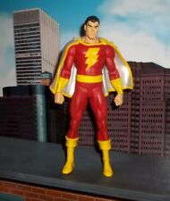 DC DIRECT COLLECTIBLES SHAZAM SERIES CAPTAIN MARVEL SHAZAM FIGURE