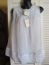 Vintage but NWT KOMAR Short Baby Doll White with Blue Trim Nylon Nightgown Small