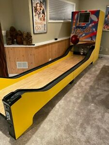 Pro Striker Bowling - Ball Bowler 14ft by Design Plus Coin Operated Arcade