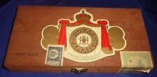 SE873 Vtg Royal Jamaica Tobacco Co Cigar Wood Wooden Box w/ Hinged Lid