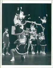 New listing 1991 Hesperia JV Cheerleading Squad Original News Service Photo