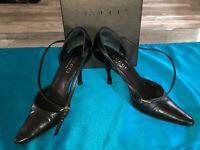 luxueux escarpins cuir noir 8,5 cms GUCCI guccissima pointure 35 C en boite
