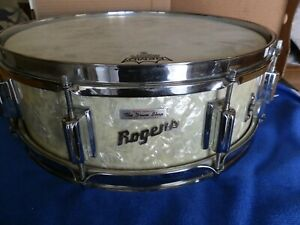 GORGEOUS ROGERS EARLY 5X14 POWERTONE SNARE DRUM,WHITE MARINE PEARL,CLEV ERA NICE