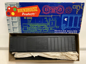 Roundhouse HO Scale Undecorated 50' Double Door Box Car Kit #3640