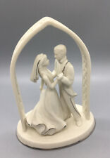 Lenox Wedding Promises Forever Yours Bride & Groom Figurine Cake Topper