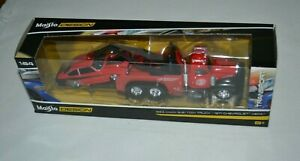 MAISTO ELITE TRANSPORT 1953 MACK B-61 TOW TRUCK / 1971 CHEVROLET VEGA RED