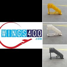 1:400 AIRPORT ACCESSORIES/GSE PASSENGER STAIRS (X6) LARGE BY WINGS400