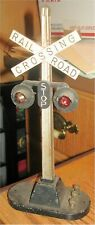 LIONEL - AUTOMATIC FLASHING RAILROAD CROSSING SIGNAL (A) - O TRAIN