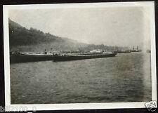 Allemagne  .  Mayence . bateau sur le Rhin . péniches .  photo de 1918