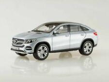 Articoli di modellismo statico scala 1:18 per Mercedes