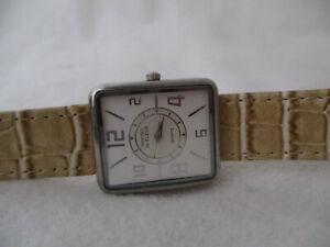 Montres de Fleur Rectangle Watch, Buckle Band
