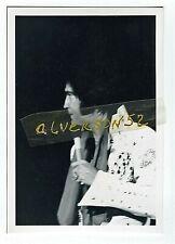 ELVIS PRESLEY VINTAGE B/W CONCERT PHOTO - MOBILE, AL - JUNE 20, 1973