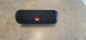 JBL Flip 4 Portable Waterproof Speaker - Midnight Black