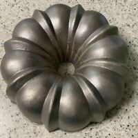 Vintage Cast Iron Bundt Cake Pan Mold