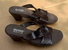 Munro American USA Made Brown Faux Snake Skin Womens Sandals 8 M EUC Hardly Worn
