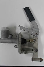 TROJAN 3/4'' trailer brake master cylinder with bracket for coupling hydraulic