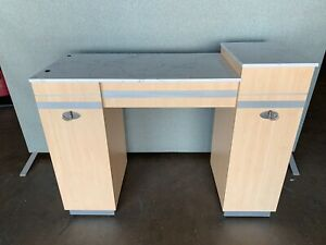 Manicure Table/Nail Table for Salon/Golden Collection/Light Wood