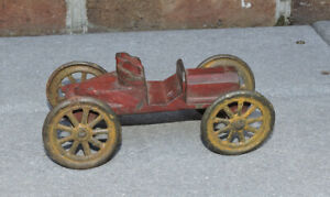 ANTIQUE RED CAST IRON CAR FOR REPAIR OR PARTS HUBLEY ARCADE