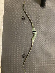 Vintage Left Hand Bear Kodiak Magnum Recurve Bow