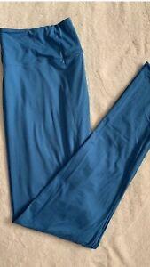 "NWT LuLaRoe TC Tall Curvy Leggings Solid Blue "" Real Teal"" 184018 On Color Chart"