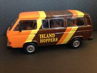 VW Bus T3 Typ 2 T.C. TC Island Hoppers Volkswagen Vanagon Magnum P.I. Umbau 1:18