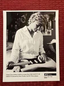 The Safety Of Objects Lobby Card Press Photo Still 8x10 2003 Glenn Close
