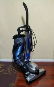 Kirby Avalir 2 ii G10D Upright Vacuum Cleaner ,vacuum only NO ATTACHMENTS