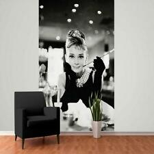 1 WALL GIANT WALLPAPER AUDREY HEPBURN BREAKFAST AT TIFFANY'S MURAL 2.32 x 1.58m