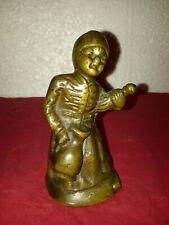 """Clochette de table """"Fermière"""" en bronze à patine médaille (19ème)"""