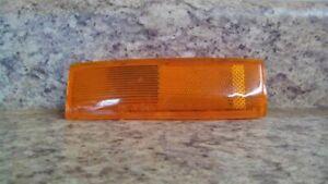 Driver Corner/Park Light Side Marker Fits 83-94 BLAZER S10/JIMMY S15 964445