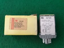 RS Components 345-943 Relay 240 Volt Coil  8 Pin