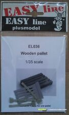 Plus Model EL036 Wooden Pallet   1:35