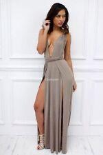 Vestiti da donna beige lunghezza totale con scollo a v