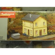 ** Auhagen 10349 Residential Building for Railway Officials Kit  H0 Scale