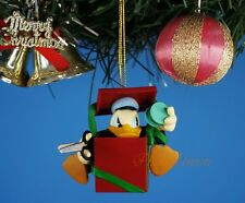 Decoration Xmas Ornament Decor Hallmark Disney DONALD DUCK SURPRISING GIFT K1032