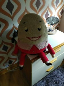 Vintage 1960s Humpty Dumpty soft toy all original
