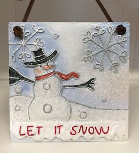 LET IT SNOW HANGING WALL PLAQUE SNOWMAN