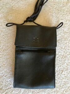 AA AMERICAN AIRLINES PASSPORT TRAVEL BAG AMENITY KIT CASE LEATHERETTE • NEW