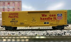N Scale - MTL Special Run Union Pacific 50' Plug Door Boxcar UP 499233 N4834