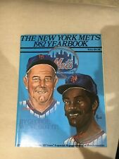 1982 NEW YORK METS BASEBALL YEARBOOK Near Mint Condition