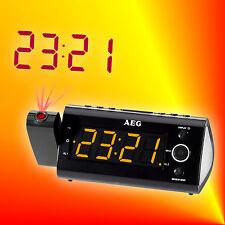 AEG MRC 4121 P Radiowecker Uhrenradio mit Projektion, 2 Weckzeiten, IR-Sensor