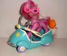 FIGURINE AVEC SON SCOOTER MON PETIT PONEY MY LITTLE PONY HASBRO (15x7x18cm)