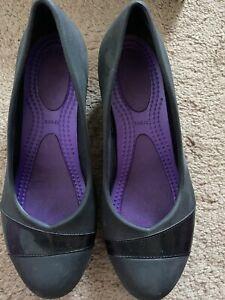 Crocs Heels W7 Black Standard Fit