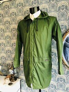 Men's Vtg 80s Original PETER STORM cagoule Rain Coat Jacket Green Casuals Medium