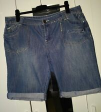 short en jean New look inspire !! taille 46 (18) !!!