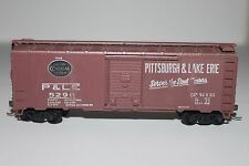 HO Scale Roundhouse Pittsburgh & Lake Erie 50' Single Door Boxcar 5290 C841