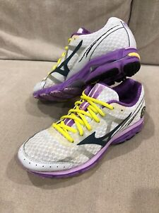 Womens MIZUNO White Wave Rider 17 Runners Trainers Shoes Sneaker Size 6 US [WS2