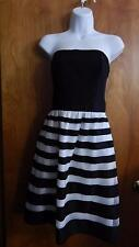 White House Black Market Short Strapless Black & White Party Prom Dress Sz 6